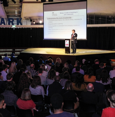 Sir David Carter presents at Teach 2017